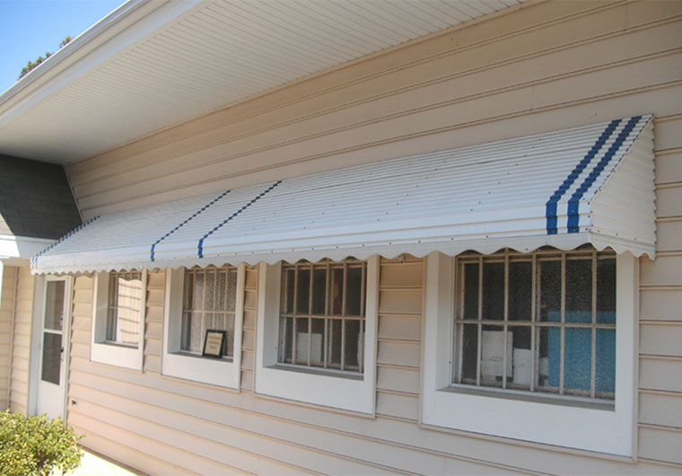 Awnings - Pioneer Exteriors